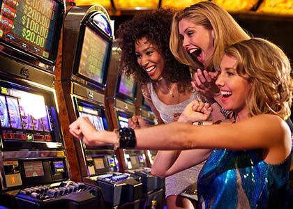 Toucher le jackpot sur une machine à sous qui va payer